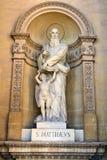 Estatua de S Matthew en la bóveda de Mosta Foto de archivo