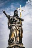 Estatua de San Juan Bautista, Charles Bridge, Praga fotos de archivo libres de regalías