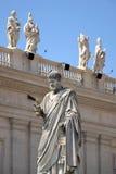 Estatua de San Pedro en Vatican Foto de archivo
