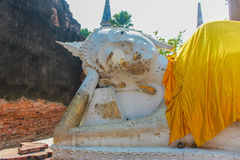 Estatua de Sleepping Buda Imágenes de archivo libres de regalías