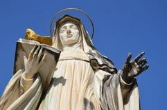 Estatua de St Scholastica, Monte Cassino Fotos de archivo