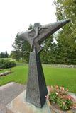 Estatua de Turku Chathedral Imagenes de archivo