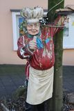 Estatua de un donante del panadero pulgares para arriba foto de archivo libre de regalías