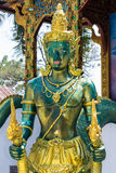 estatua del ángel en templo tailandés Imagenes de archivo
