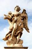 Estatua del ángel, puente de los ángeles del St, Roma Fotografía de archivo libre de regalías