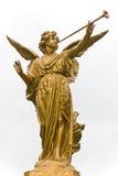 Estatua del ángel y de la trompeta Imágenes de archivo libres de regalías