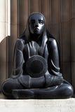 Estatua del art déco - Mersey hace un túnel el edificio - Liverpool - Reino Unido Imagen de archivo libre de regalías