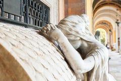 Estatua del cementerio Imágenes de archivo libres de regalías