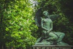 Estatua del cementerio de Mirogoj Foto de archivo libre de regalías