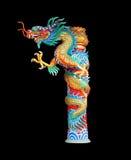 Estatua del dragón de China en el fondo negro Imagen de archivo libre de regalías