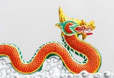 Estatua del dragón del estilo chino en Tailandia Imagen de archivo libre de regalías