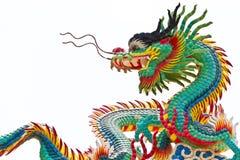 Estatua del dragón sobre el fondo blanco Imagen de archivo