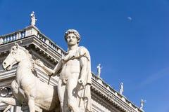 Estatua del echador en la colina de Capitoline imagen de archivo libre de regalías