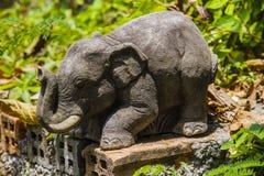 Estatua del elefante Fotos de archivo libres de regalías