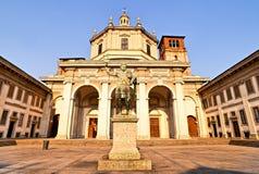 Estatua del emperador Constantina, Milano Imagen de archivo libre de regalías