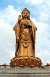 Estatua del godness Guanyin en la isla de Putuoshan Fotografía de archivo