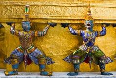 Estatua del guarda en Wat Phra Kaew Foto de archivo libre de regalías
