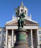 Estatua del héroe del cruzado en Bruselas Imagenes de archivo