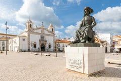 Estatua del infante Dom Henrique imagen de archivo