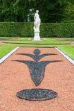 Estatua del jardín del palacio de Catherine del ruso foto de archivo