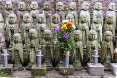 Estatua del monje de Buda de la piedra de la sonrisa del japonés y x28; Jizo Bosatsu& x29; , Japonés Imagen de archivo