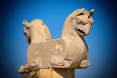 Estatua del pájaro de Homa o de Huma en el sitio arqueológico de Persepolis de Shiraz Fotografía de archivo libre de regalías