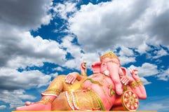 Estatua del rosa del ganesh de dios Imagen de archivo libre de regalías