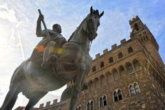 Estatua ecuestre de Cosimo de Medici Florencia, Italia Imágenes de archivo libres de regalías