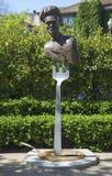 Estatua el cocinero del artista Lorenzo Mills en el paseo público del arte en la ciudad de Yountville Foto de archivo libre de regalías