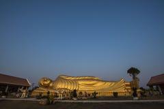 Estatua el dormir Buda en Tailandia Fotografía de archivo libre de regalías