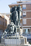 Estatua en Civitavecchia, Italia Imagen de archivo