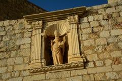 Estatua en Dubrovnik Foto de archivo libre de regalías