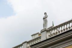 Estatua en el palacio de Rumyantsev - Paskevich en el parque de la ciudad de Gomel, Bielorrusia Foto de archivo