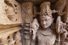 Estatua en el receptor de papel del paso de progresión de Rani Ki Vav. foto de archivo libre de regalías