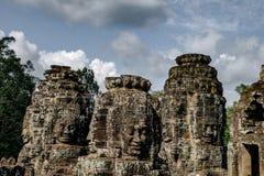 Estatua en el templo de Bayon imágenes de archivo libres de regalías