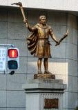 Estatua en la calle de Tokio Viaje alrededor de Japón en otoño fotos de archivo