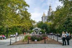 Estatua en la ciudad Hall Park en Lower Manhattan en Nueva York foto de archivo libre de regalías
