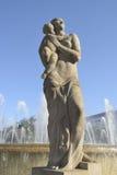 Estatua en la plaza Catalunya Imágenes de archivo libres de regalías