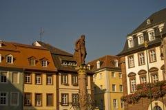 Estatua en Marktplatz, Heidelberg de Hércules Foto de archivo