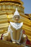 Estatua en templo Imagen de archivo