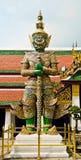 Estatua gigante en estilo tailandés Fotos de archivo