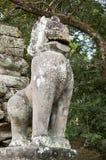Estatua imperial del león, templo de Preah Khan Fotos de archivo libres de regalías