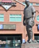 Estatua, Johnny Bench Bricktown Ballpark, Oklahoma City fotos de archivo libres de regalías