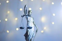Estatua legal de la oficina de la justicia de los abogados fotografía de archivo libre de regalías