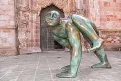 Estatua moderna exhibida público en Zacatecas México fotografía de archivo