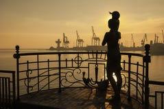 Estatua Odessa de los navegantes fotos de archivo