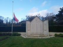 Estatua para los soldados caidos en la batalla de Den Haag The Hague durante la guerra mundial 2 fotografía de archivo libre de regalías