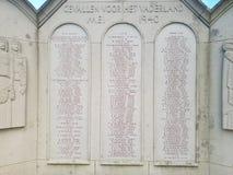 Estatua para los soldados caidos en la batalla de Den Haag The Hague durante la guerra mundial 2 imagenes de archivo