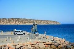 Estatua por el mar, Agios Nikolaos de Europa Imagen de archivo libre de regalías