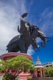 Estatua principal del elefante tres Imágenes de archivo libres de regalías